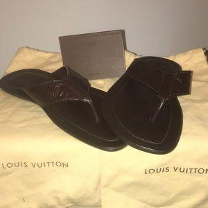 d2e129ead2aba Brand New Louis Vuitton Men s flip flop sandals